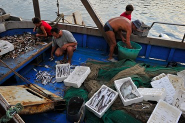 Fishermen in Albania have limited facilities and resources but thanks to communism, the coastal waters have plenty of fish © Julien Pfyffer / OCEAN71 Magazine