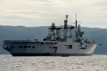 HMS Illustrious © Philippe Henry / OCEAN71 Magazine
