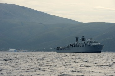 HMS Bulwark © Philippe Henry / OCEAN71 Magazine